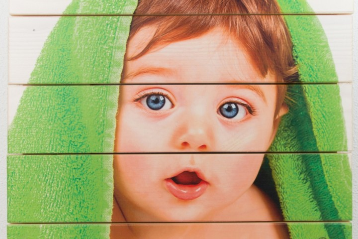 Foto op hout van een kind
